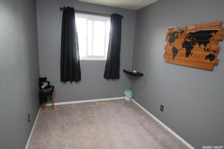 Photo 7: 813 Macklem Drive in Saskatoon: Massey Place Residential for sale : MLS®# SK856096