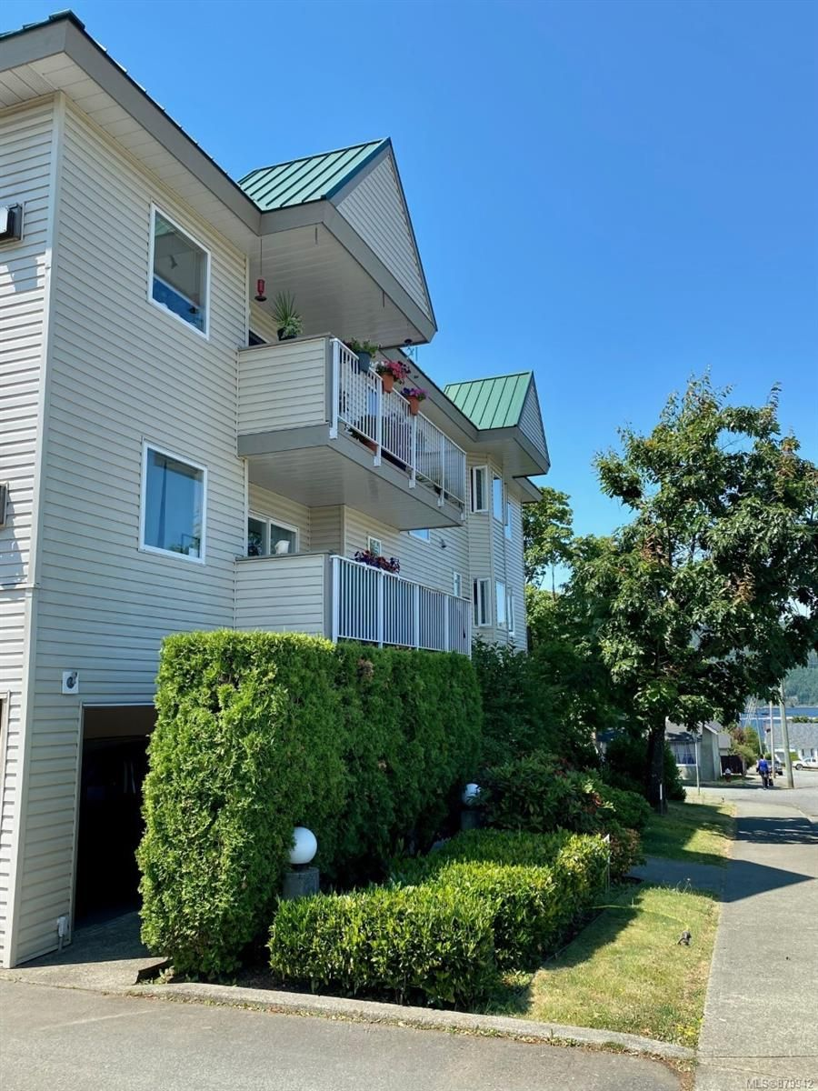 Main Photo: 306 5170 Angus St in : PA Port Alberni Condo for sale (Port Alberni)  : MLS®# 879942