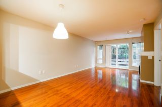 """Photo 10: 102 9233 GOVERNMENT Street in Burnaby: Government Road Condo for sale in """"Sandlewood complex"""" (Burnaby North)  : MLS®# R2502395"""