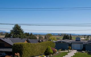 "Photo 38: 377 55 Street in Delta: Pebble Hill House for sale in ""PEBBLE HILL"" (Tsawwassen)  : MLS®# R2571918"