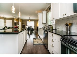 """Photo 6: 18970 68 Avenue in Surrey: Clayton House for sale in """"Heritance at Clayton Village"""" (Cloverdale)  : MLS®# R2075982"""