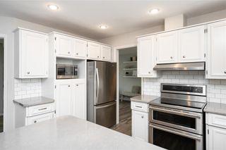 Photo 7: 70 Manring Cove in Winnipeg: House for sale : MLS®# 202121105