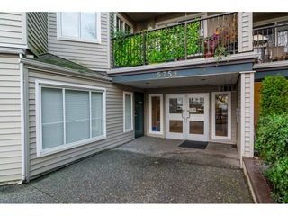Photo 2: 417 5759 GLOVER Road in Langley: Langley City Condo for sale : MLS®# R2157468