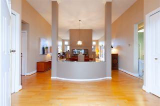 Photo 2: 303 7500 ABERCROMBIE DRIVE in Richmond: Brighouse South Condo for sale : MLS®# R2320536