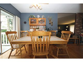 """Photo 5: 5125 MASSEY Place in Ladner: Ladner Elementary House for sale in """"LADNER ELEMENTARY"""" : MLS®# V995377"""