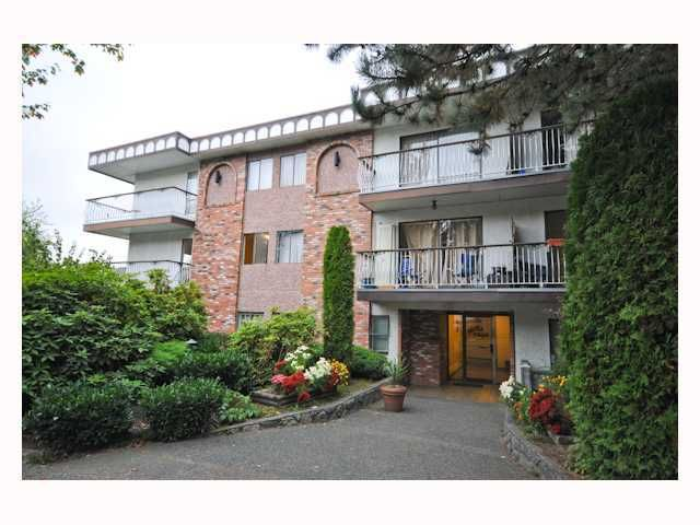 "Main Photo: 107 1611 E 3RD Avenue in Vancouver: Grandview VE Condo for sale in ""Villa Verde"" (Vancouver East)  : MLS®# V928792"