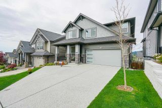 """Photo 2: 1512 SHORE VIEW Place in Coquitlam: Burke Mountain House for sale in """"The Ridge"""" : MLS®# R2578852"""