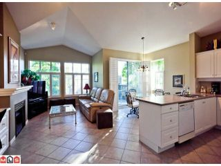 """Photo 3: 23 15020 27A Avenue in Surrey: Sunnyside Park Surrey Townhouse for sale in """"ST. MARTINS LANE"""" (South Surrey White Rock)  : MLS®# F1125537"""