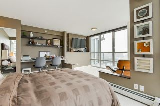 """Photo 22: 1902 1228 MARINASIDE Crescent in Vancouver: Yaletown Condo for sale in """"Crestmark II"""" (Vancouver West)  : MLS®# R2582919"""