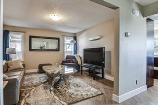Photo 3: 20 Woodfield Road SW in Calgary: Woodbine Detached for sale : MLS®# A1100408