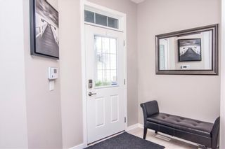 Photo 3: 268 CHAPARRAL VALLEY Mews SE in Calgary: Chaparral Detached for sale : MLS®# C4208291