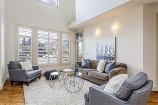 Main Photo: 2405 Bowness Road NW in Calgary: West Hillhurst Detached for sale : MLS®# A1052099