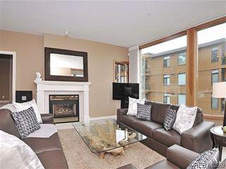 Photo 3: 303 5327 Cordova Bay Rd in VICTORIA: SE Cordova Bay Condo for sale (Saanich East)  : MLS®# 605408