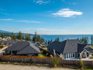 """Photo 5: 5638 KINGBIRD Crescent in Sechelt: Sechelt District House for sale in """"SilverStone Heights Phase2"""" (Sunshine Coast)  : MLS®# R2466064"""