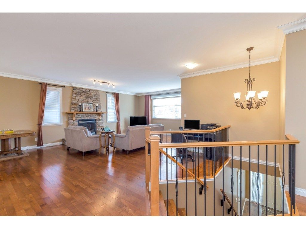 Main Photo: 3920 Kaleigh Court: House for sale (Abbotsford)