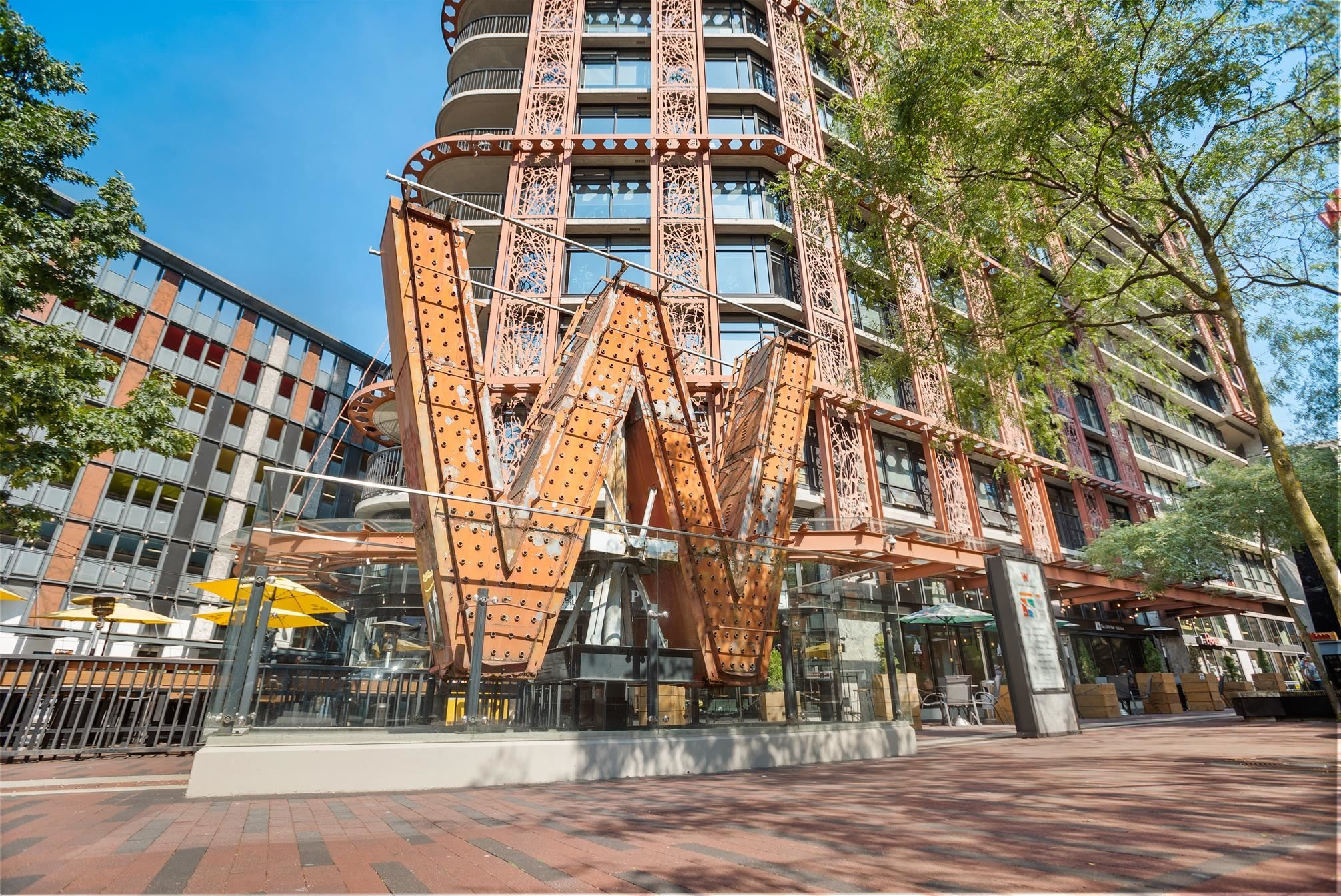 """Main Photo: 2710 128 W CORDOVA Street in Vancouver: Downtown VW Condo for sale in """"WOODWARDS"""" (Vancouver West)  : MLS®# R2614872"""