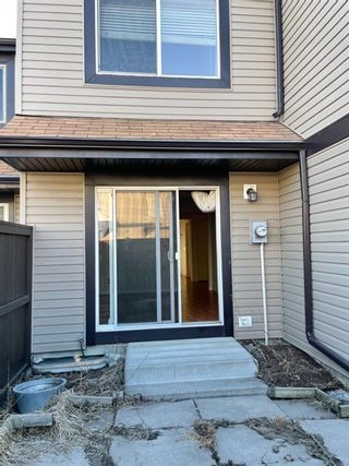 Photo 3: 7 3029 Rundleson Road NE in Calgary: Rundle Row/Townhouse for sale : MLS®# A1087935