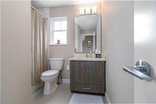 Photo 13: 78 15588 32 AVENUE in Surrey: Grandview Surrey Townhouse for sale (South Surrey White Rock)  : MLS®# R2281120