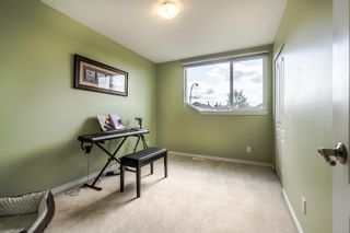 """Photo 33: 17853 68TH Avenue in Surrey: Cloverdale BC House for sale in """"Cloverwoods"""" (Cloverdale)  : MLS®# R2617458"""