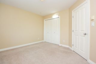 Photo 22: Master on Main in Detached Townhome in Sidney