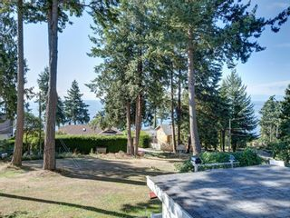 Photo 19: 60 15TH Street in Gibsons: Gibsons & Area House for sale (Sunshine Coast)  : MLS®# R2612790
