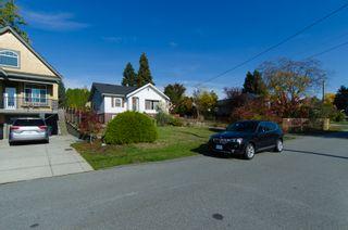 Photo 4: 935 Quadling Avenue in Coquitlam: Maillardville House for sale