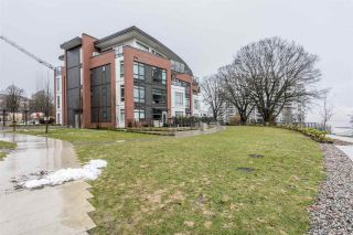 """Photo 19: 326 22 E ROYAL Avenue in New Westminster: Fraserview NW Condo for sale in """"THE LOOKOUT"""" : MLS®# R2139153"""