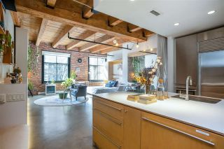 """Photo 6: 219 55 E CORDOVA Street in Vancouver: Downtown VE Condo for sale in """"KORET LOFTS"""" (Vancouver East)  : MLS®# R2560777"""