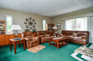 Photo 5: 3152 York Rd in : CR Campbell River South House for sale (Campbell River)  : MLS®# 866527