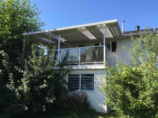 Photo 7: 17436 58A Avenue in Surrey: Cloverdale BC House for sale (Cloverdale)  : MLS®# R2097465