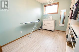 Photo 16: 107 Roberts Crescent in Red Deer: House for sale : MLS®# A1126309