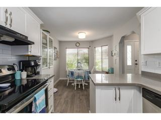 """Photo 3: 69 1973 WINFIELD Drive in Abbotsford: Abbotsford East Townhouse for sale in """"Belmont Ridge"""" : MLS®# R2326709"""