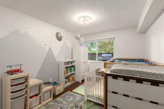 """Photo 16: 103 1484 CHARLES Street in Vancouver: Grandview Woodland Condo for sale in """"LANDMARK ARMS"""" (Vancouver East)  : MLS®# R2575093"""