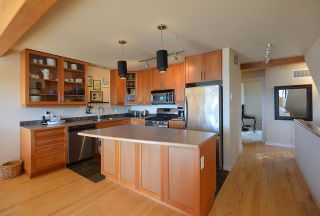 Photo 9: 5370 WAKEFIELD BEACH LANE in Sechelt: Sechelt District Townhouse for sale (Sunshine Coast)  : MLS®# R2409390