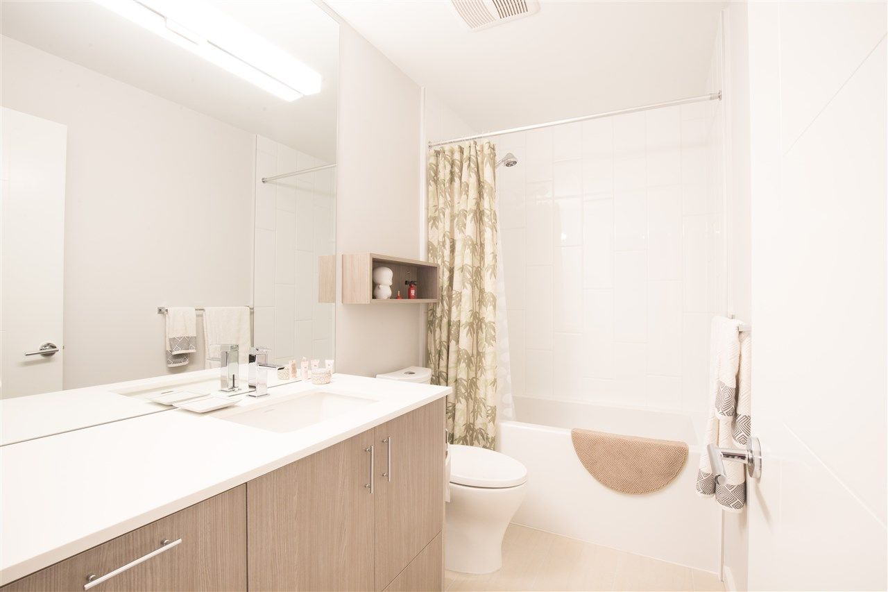 """Photo 9: Photos: PH30 6283 KINGSWAY in Burnaby: Highgate Condo for sale in """"PIXEL"""" (Burnaby South)  : MLS®# R2424302"""