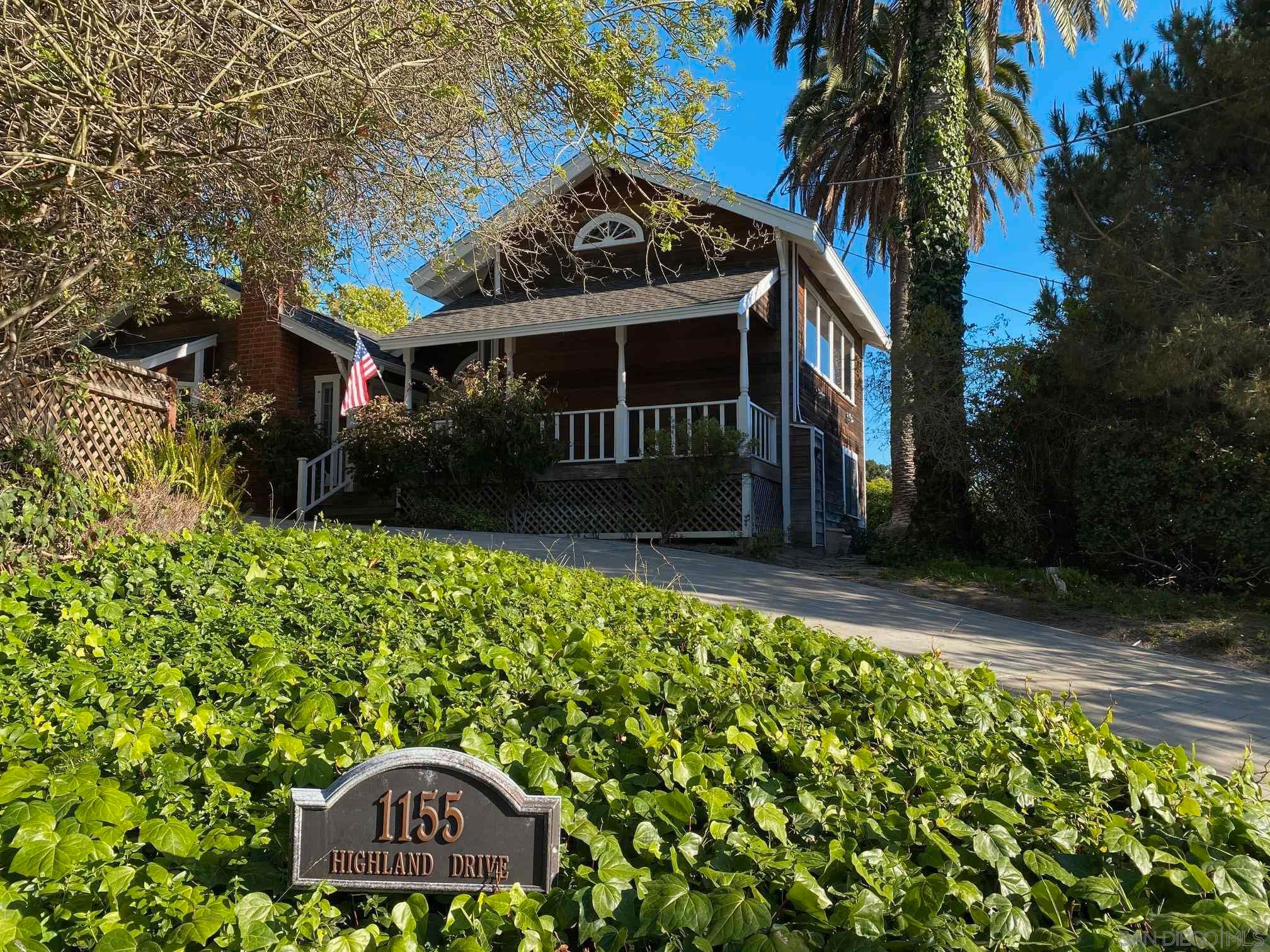 Main Photo: EAST DEL MAR House for sale : 5 bedrooms : 1155 Highland Drive in Del Mar