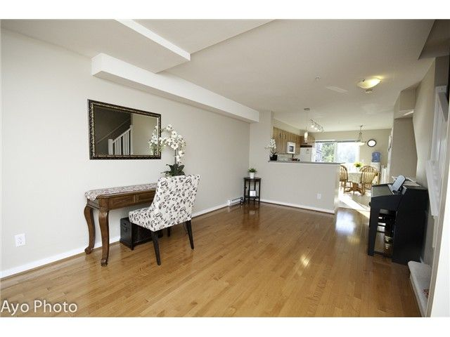 Photo 5: Photos: # 156 20033 70TH AV in Langley: Willoughby Heights Condo for sale : MLS®# F1423308