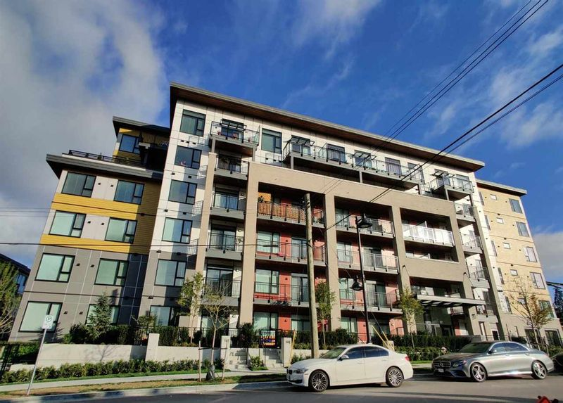 FEATURED LISTING: 301 - 621 REGAN Avenue Coquitlam