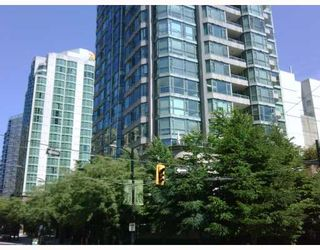 """Photo 1: 603 888 HAMILTON Street in Vancouver: Downtown VW Condo for sale in """"ROSEDALE GARDENS"""" (Vancouver West)  : MLS®# V777304"""