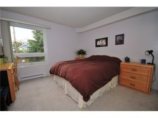 """Photo 4: 307 1060 E BROADWAY in Vancouver: Mount Pleasant VE Condo for sale in """"MARINER MEWS"""" (Vancouver East)  : MLS®# V856791"""