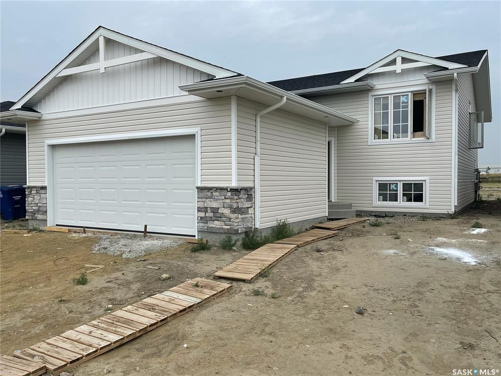 Main Photo: 506 Froese Street in Warman: Residential for sale : MLS®# SK865670