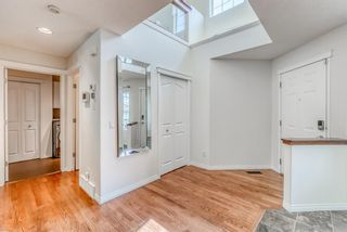 Photo 5: 7760 Springbank Way SW in Calgary: Springbank Hill Detached for sale : MLS®# A1132357