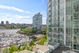 """Photo 22: 805 1077 MARINASIDE Crescent in Vancouver: Yaletown Condo for sale in """"MARINASIDE RESORT RESIDENCES"""" (Vancouver West)  : MLS®# R2582229"""