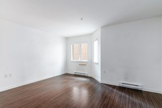 """Photo 2: 207 370 CARRALL Street in Vancouver: Downtown VE Condo for sale in """"21 Doors"""" (Vancouver East)  : MLS®# R2625412"""