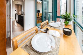 """Photo 7: 3102 939 HOMER Street in Vancouver: Yaletown Condo for sale in """"THE PINNACLE"""" (Vancouver West)  : MLS®# R2592462"""