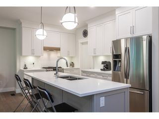 """Photo 6: 109 8217 204B Street in Langley: Willoughby Heights Townhouse for sale in """"Ironwood"""" : MLS®# R2505195"""