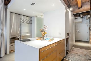 """Photo 4: 219 55 E CORDOVA Street in Vancouver: Downtown VE Condo for sale in """"KORET LOFTS"""" (Vancouver East)  : MLS®# R2560777"""