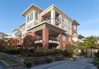 Photo 4: 202 2940 KING GEORGE BOULEVARD in South Surrey White Rock: King George Corridor Home for sale ()  : MLS®# R2314708