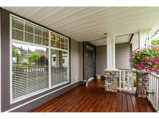 """Photo 3: 19788 69 Avenue in Langley: Willoughby Heights House for sale in """"Providence"""" : MLS®# R2479891"""