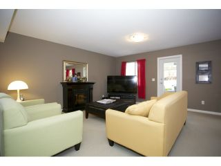 """Photo 3: 35415 NAKISKA Court in Abbotsford: Abbotsford East House for sale in """"Sandy Hill"""" : MLS®# R2011952"""